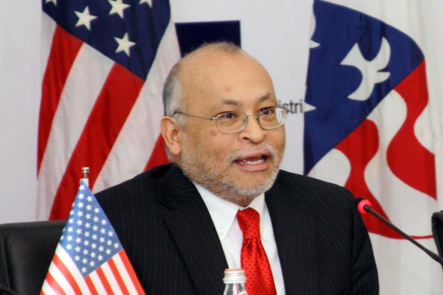 Aleksandër Arvizu: Politika të zbatojë këshillat e Clinton