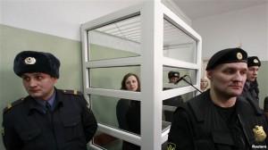 Amnesty Internationl reagon ndaj gjykimit të anëtares së Pussy Riot