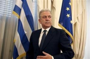Dimitris Avramopoulos optimist për zgjidhjen e çështjes së emrit