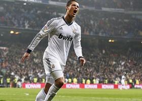 Ronaldo rikthehet në formë, shënon tre gola dhe i jep fitoren Realit