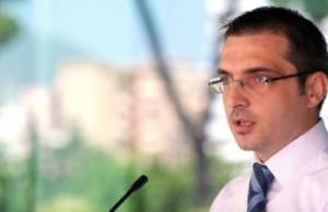 Sajmir Tahiri: Heqja e taksës së biznesit të vogël do ringjallë tregun