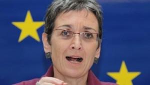 Ulrike-LunacekUlrike Lunacek: S'bëj kompromis për shtetësinë e Kosovës