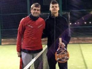 Vilanova luan tenis me të birin