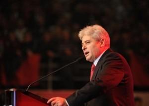 """Ali Ahmeti """"kërcënon"""" Serbinë: Kujdes me shqiptarët"""