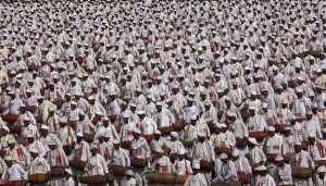 Rekord i ri, 14833 persona i bien daulles njëkohësisht