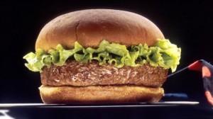 Zbulohen hamburgerë me mish kali në supermarkete