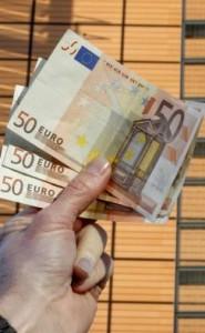 Pagat s'i mbulojnë shpenzimet