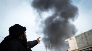 """""""Fuqitë e huaja"""" akuzohen për armatosjen e sirianëve"""
