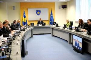 Kryeministri Thaçi: Nuk do të flasim për statusin politik të Kosovës