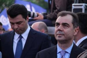 Eduard- LulezimEduard Selami përballë Lulëzim Bashës dhe Sokol Olldashit