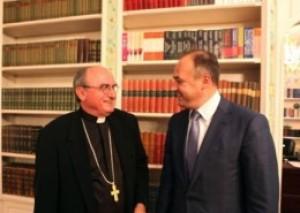 Enver Hoxhaj e do njohjen e Vatikanit