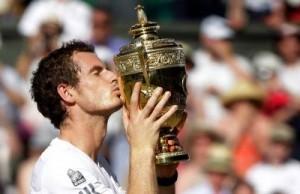 Andy Murray gjunjëzoi Gjokoviqin, i`a ktheu famën Anglisë