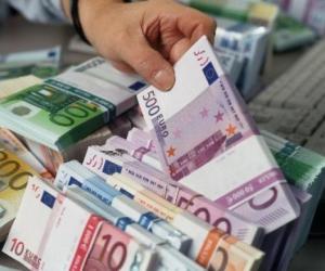 bankatShiten 25.4 miliardë lekë bono thesari, interesat bien në 5.35 për qind
