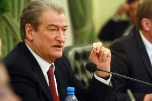 Sali Berisha: Nuk do miratohet asnjë ligj që ndërhyn në programin e mazhorancës