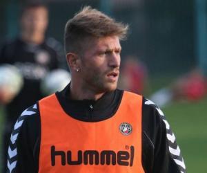Çani firmos me Karpin në Serie B