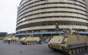 30 të vrarë nga trazirat në Egjipt