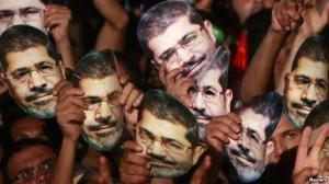 egjiptEgjipt: Burns pritet me protesta