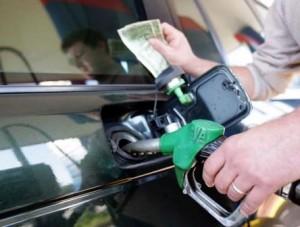 Abuzime me karburantin, paguajmë 1 litër, marrim treçerekun