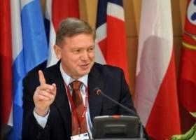 Stefan Fyle përshendet konsensusin politik në Maqedoni