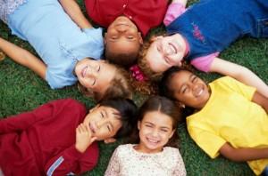 Fëmijët që kanë mbështetje në mësim, janë më të suksesshëm