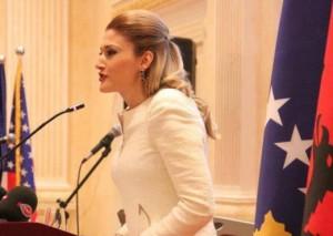 Mimoza kandidon në Gjakovë