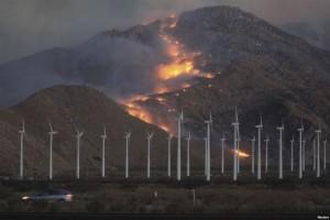 Vazhdon lufta me zjarret në Kaliforni