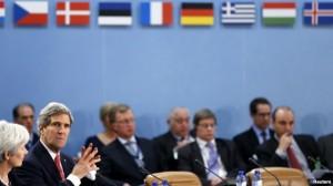 Kerry: Hamid Karzai duhet të nënshkruajë Marrëveshjen e Sigurisë