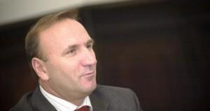 Kërkohet dorëheqja e rektorit Ibrahim Gashi