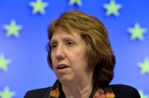 Ashton lavdëron përparimin ndërmjet Kosovës e Serbisë