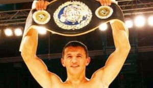 Haxhi (Robin) Krasniq bokson më 28 mars
