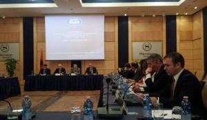 Serbinë sërish e pengon prania e Kosovës në tryezë