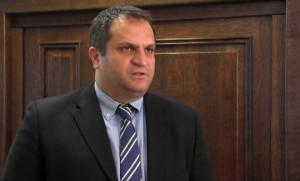 Ahmeti kërkon sqarime shtesë nga MTI për problemin e naftës