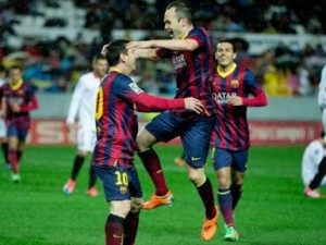 Barcelona rikthehet e para