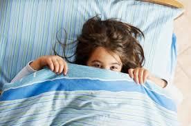 Si të silleni me fëmijën që frikësohet?