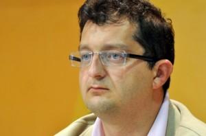 Liderët shqiptarë të Luginës s'bien në ujdi për zgjedhjet në Serbi