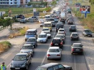 """""""Fluturojne' tarifat e sigurimeve te makinave, nga dje 210 mije leke"""