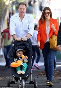 Miranda Kerr 'përçahet' me familjen?