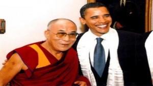 Barack Obama takon Dalai Lamën