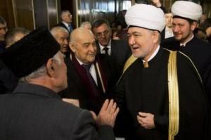 Tatarët e Krimesë shpallin autonominë