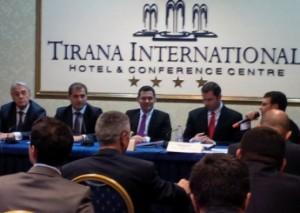 Forumi i biznesit Shqipëri-Rumani: Shqipëria i ka hapur dyert për investitorët e huaj