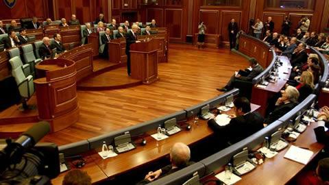 Kuvendi s'e voton Tribunalin para zgjedhjeve