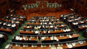 Shtyhet sërish ligji për zgjedhjet , mungonin deputetët