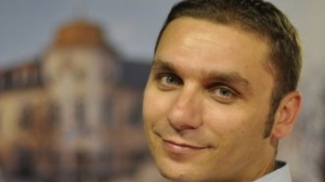 Kelmendi: Durindza lobist i paguar nga Serbia, kundër pavarësisë së Kosovës