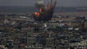 Izraeli rrëzon dy raketa të Hamasit