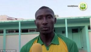 Tifozët vrasin futbollistin me gurë