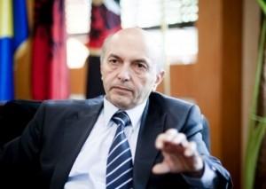Isa Mustafa: Ta luftojmë krimin e organizuar