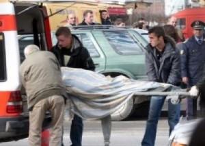 45-vjeçari i hedh gruas fotoksinë në verë, vdes 42 vjeçarja