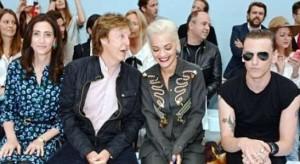 Rita Ora shijon prezantimin e Stella McCartney