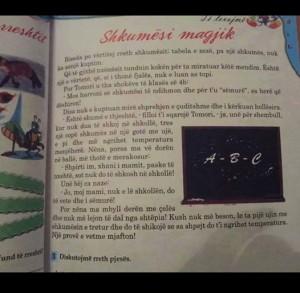 Skandali me tekstet shkollore në arsimin shqiptar