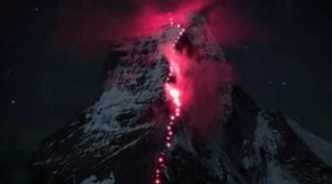 Në majë të Alpeve për një fotografi